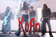 90年代からシーンを牽引してきたあまりに偉大なバンド、KORNの軌跡―――