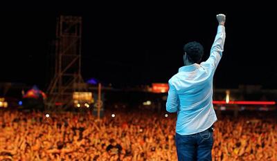 SOADのカリスマ・フロントマンSerj Tankian、最新ソロ・アルバムから「Harakiri」のMVを公開!!