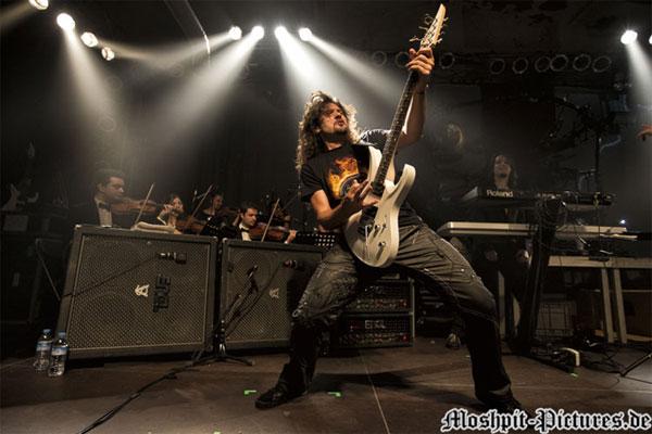 元RAGEのVictor Smolski、新バンドALMANACを結成!