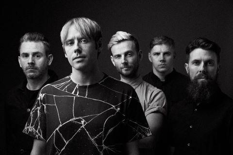 元LOSTPROPHETSのメンバーとTHURSDAYのヴォーカルによる新バンド NO DEVOTION、新作のレコーディングをスタート!