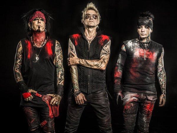 MÖTLEY CRÜEのNikki Sixx率いるハード・ロック・バンド SIXX:A.M.、本日リリースのニュー・アルバム『Vol. 2 Prayers For The Blessed』の全曲フル音源公開!