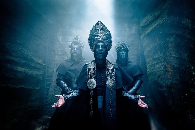 """悪魔主義的ブラック/デス・メタル・バンド BEHEMOTH、カナダのラジオ番組でのパフォーマンス映像&独メタル・フェス""""Wacken Open Air 2018""""でのライヴ映像公開!"""