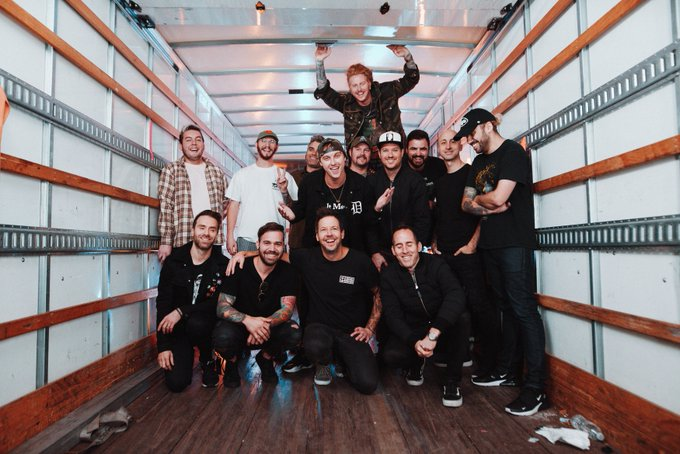 SIMPLE PLAN × STATE CHAMPS × WE THE KINGS、コラボ曲「Where I Belong」MV公開!