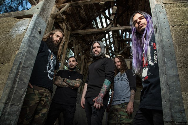 """""""KNOTFEST JAPAN 2020""""に出演するSUICIDE SILENCE、2/14リリースのニュー・アルバム『Become The Hunter』より「Two Steps」MV公開!"""