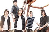 MAYDAY PARADE&WE ARE THE IN CROWDの人気アイテムにモデル着用画像追加!
