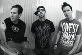 BLINK-182、「ちょうど半分を少し過ぎたところだ」夏のリリースに向けレコーディング作業は順調に進行中!