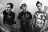 BLINK-182、更なる新曲を公開!先日公開の「Up All Night」をはうって変わって・・・