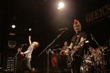 GEEKS、渋谷WWWで開催されたツアー・ファイナルにて、来年2/22に下北沢屋根裏でフリー・ワンマン・ライヴの開催を発表!当日は重大発表も