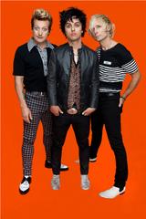 GREEN DAY、新曲3曲を使用した3部作の第2弾『Dos!』のトレイラーを公開!さらに第3弾『Tre!』のトラック・リストが明らかに!