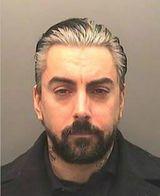 元LOSTPROPHETS、Ian Watkinsが幼児への性虐待の罪で懲役35年を言い渡される