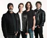 SOUNDGARDEN、Dave Grohlがディレクターを務めたことで話題の最新ミュージック・ビデオ「By Crooked Steps」を公開!