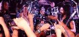 MACHINE HEAD、アメリカにて開催されたライヴ中にファンがプロポーズを決行!