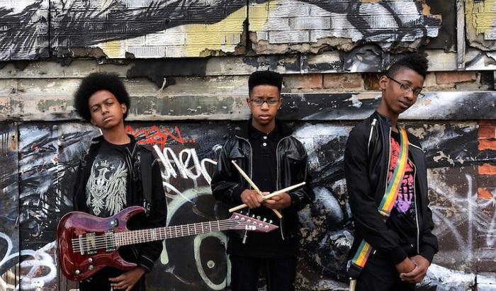 中学生メタル・バンドUNLOCKING THE TRUTH、約1億8000万円でSony Musicと契約を結んだことが明らかに!
