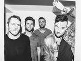 EMAROSA、最新アルバム『Versus』より「People Like Me, We Just Don't Play」のMV公開!
