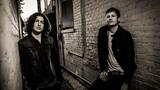 Tom DeLonge(BLINK-182)とIlan Rubin(NINE INCH NAILS)によるANGELS AND AIRWAVES、5thアルバムより「The Wolfpack」のMV公開!