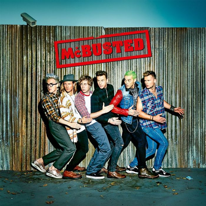 イギリスが誇る2大ポップ・ロック・バンドMCFLYとBUSTEDによるスーパー・グループMCBUSTED、12/3にBLINK-182らが参加したデビュー・アルバム『McBusted』をリリース決定!