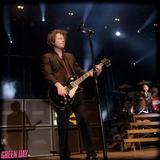 GREEN DAYのギタリスト Jason White、扁桃腺癌と診断されたことが明らかに