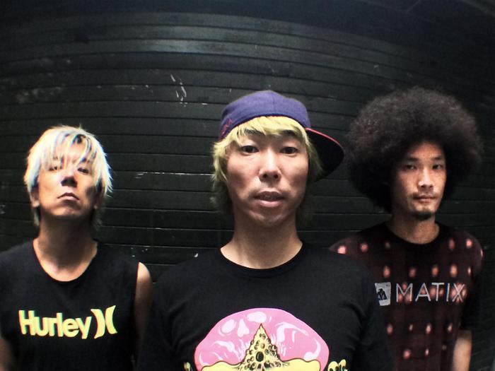 "NAMBA69、""21st CENTURY DREAMS TOUR 2015""ツアー・ドキュメンタリー映像第1弾公開!"