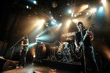 """BUZZ THE BEARS、9月に7thミニ・アルバム『Q』リリース決定!10月よりリリース・ツアー""""Q TOUR 2015-2016""""の開催も発表!"""