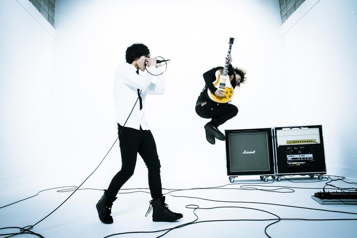 """ネット・シーン発の""""RYOTA""""と""""164""""によるロック・ユニット Equal、来年4月に東名阪クアトロにて主催ライヴ・ツアー開催決定!"""