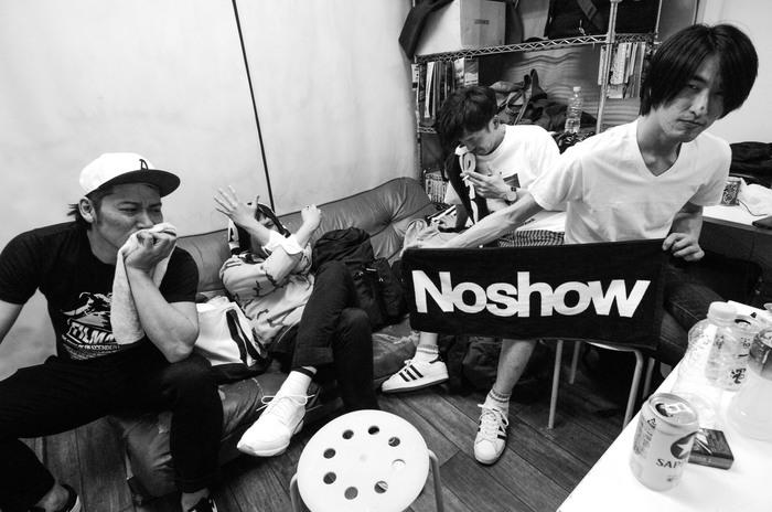 ASPARAGUS、BACK DROP BOMBらのメンバーによるロック・バンド Noshow、来年2/3に初のフル・アルバム『Noshow』リリース決定!1月より全国9ヶ所を巡る全国ツアーの開催も発表!
