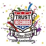 """10周年を迎える""""TRUST RECORDS""""のサンプラーCD付き激ロックマガジン1月号が数量限定で配布開始!レーベル所属のBACK LIFT、ENTH、POT、EVERLONGらの音源収録!"""