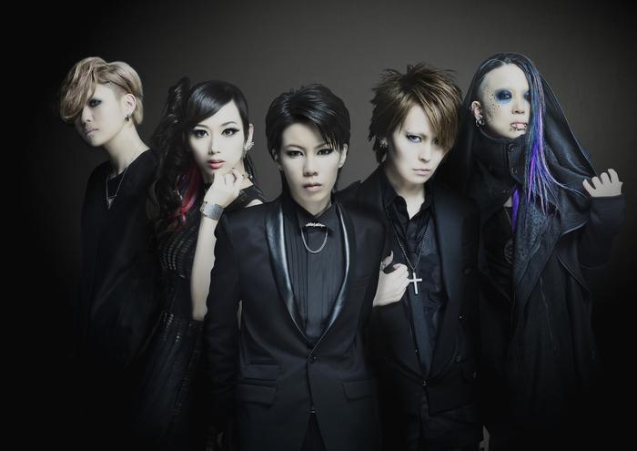 5ピース・ガールズ・ロック・バンド exist†trace、3/16リリースのニュー・ミニ・アルバム『THIS IS NOW』より「DREAM RIDER」のMV公開!