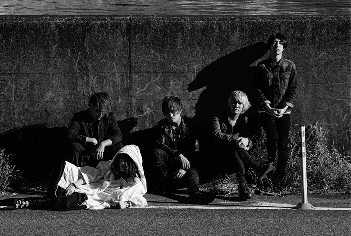 a crowd of rebellion、6/22リリースの1stフル・アルバム『Xanthium』より「Sketch」のMV公開!