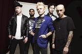 SUM 41、10/8リリースのニュー・アルバム『13 Voices』より「Fake My Own Death」のパフォーマンス映像公開!