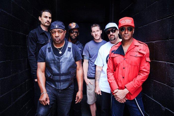 RAGE AGAINST THE MACHINEのメンバーらによる新バンド PROPHETS OF RAGE、「Guerrilla Radio」のオフィシャル・ライヴ映像公開!