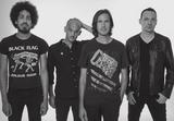 """BAD RELIGION、RISE AGAINSTらのメンバーによるスーパー・バンド""""VANISHING LIFE""""、12/14にデビュー・アルバム『Surveillance』リリース決定!"""