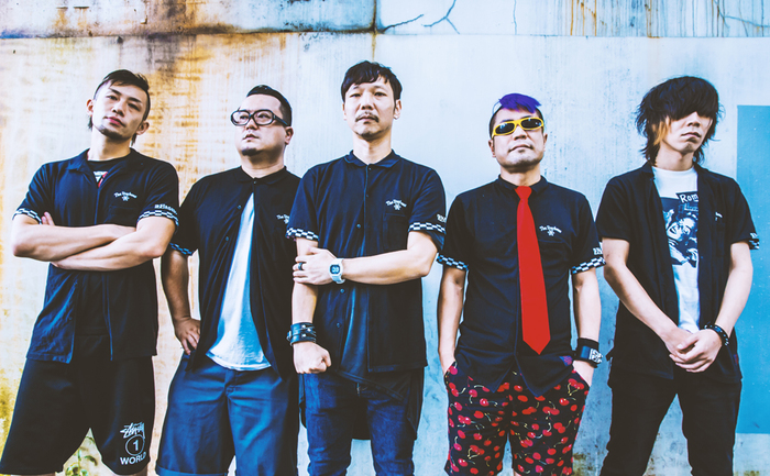 """THE STARBEMS、1/8に新宿red clothにて新年会的プレ・レコ発イベント""""Before Feast The Beast""""開催決定!"""