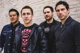 """解散を発表したYELLOWCARD、""""Vans Warped Tour""""で披露した「Lights And Sounds」のライヴ映像公開!"""