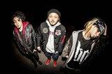 AIR SWELL、ニュー・ミニ・アルバム『SIX KILLS』リリース・ツアーの第1弾ゲストにヒスパニ、JAWEYE、DEAL OF CLOWNら決定!
