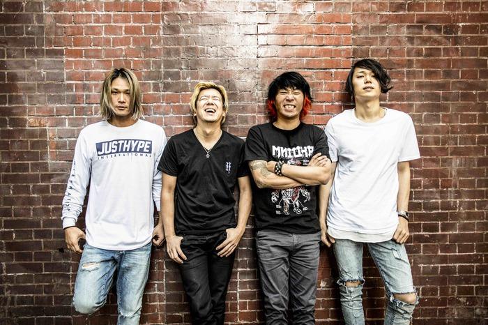 NAMBA69、4/5リリースのニュー・ミニ・アルバム『HEROES』より「LOOK UP IN THE SKY」のMV公開!