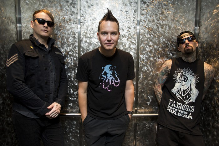 BLINK-182、35秒の新曲「Can't Get You More Pregnant」のリリック・ビデオ公開!