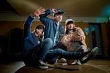 平成が生んだポジティヴ全開3ピース・バンド 3SET-BOB、7/12にリリースする1stミニ・アルバム『ORIGINALUCK』のジャケット写真公開!