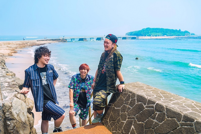 MINAMI NiNE、レコ発ツアー第1弾ゲストにSABOTEN、SPLASH、OVER LIMITら決定!