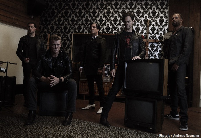 QUEENS OF THE STONE AGE、ニュー・アルバム『Villains』の全曲フル試聴スタート!