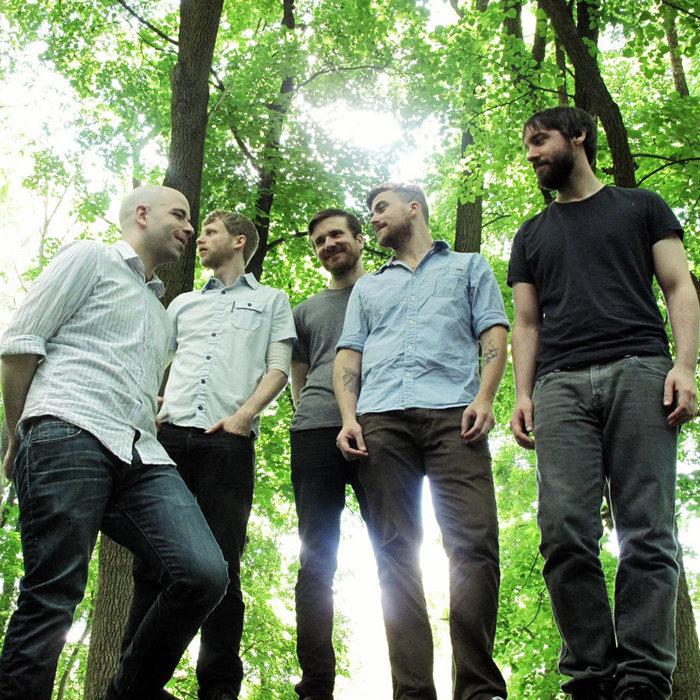 Anthony Green(SAOSIN)率いるCIRCA SURVIVE、ニュー・アルバム『The Amulet』のレコーディング風景を収めたスタジオ・ビデオ公開!