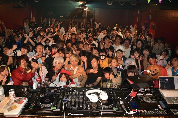 N'Taichi(FABLED NUMBER)も出演!大阪激ロックDJパーティーは大盛況で終了!次回は12/16(土)クリスマスパーティーとして開催!特典付きのお得な事前予約もスタート!