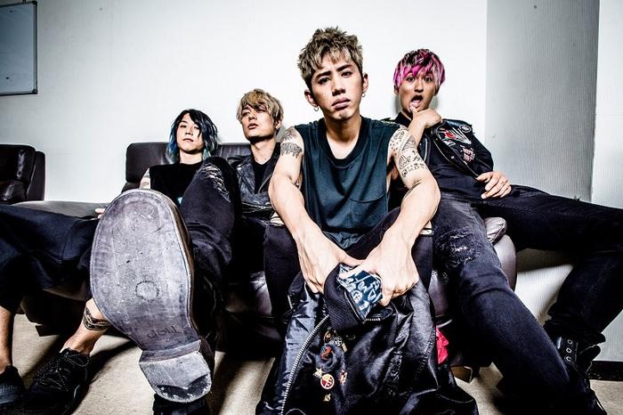 ONE OK ROCK、楽曲「Taking Off」のTomoya(Dr)Ver.のパフォーマンス映像公開!