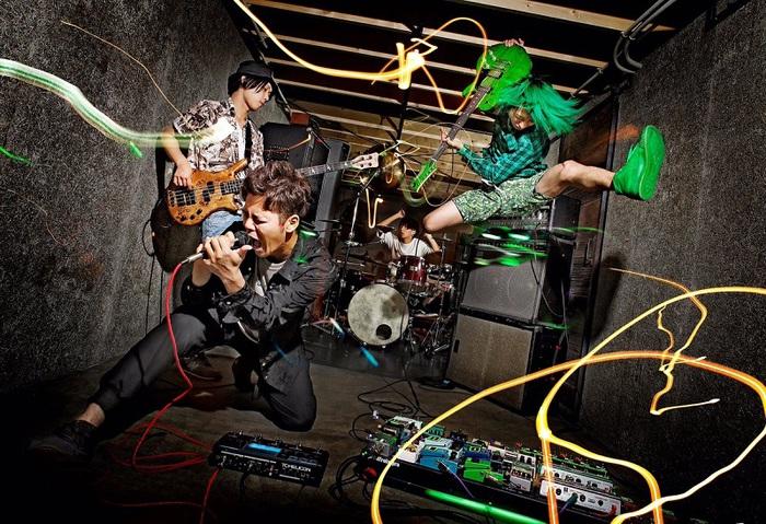 広島発の4人組 RED in BLUE、12/6に1stフル・アルバム『Hybridize』全国リリース決定! 新ヴィジュアルも!