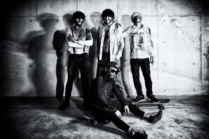 アシュラシンドローム、4/4に4thミニ・アルバム『俺たちが売れたのは、全部お前たちのせいだ。』リリース決定!トレーラー映像公開&レコ発ツアー開催も!