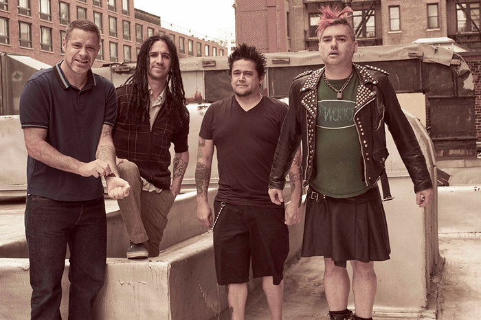 NOFX、故Stephen Hawking博士のトリビュート・ソング「There's No 'Too Soon' If Time Is Relative」音源公開!