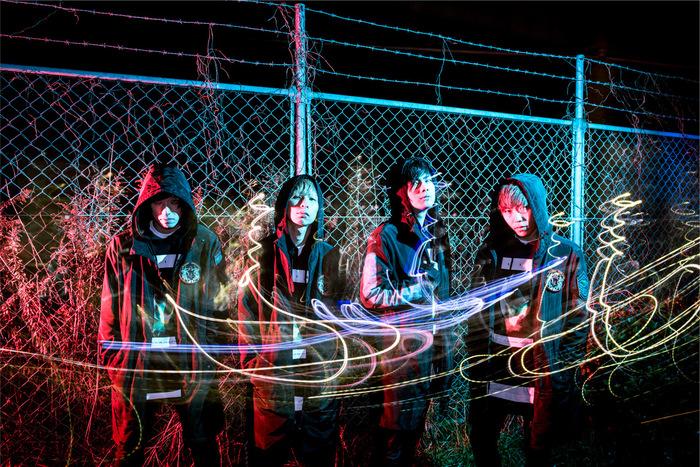 THREE LIGHTS DOWN KINGS、4/4リリースの1st EP『FiVE XTENDER』より「HOPE」MV公開!ジャケ写&リリース・ツアーのゲスト発表も!