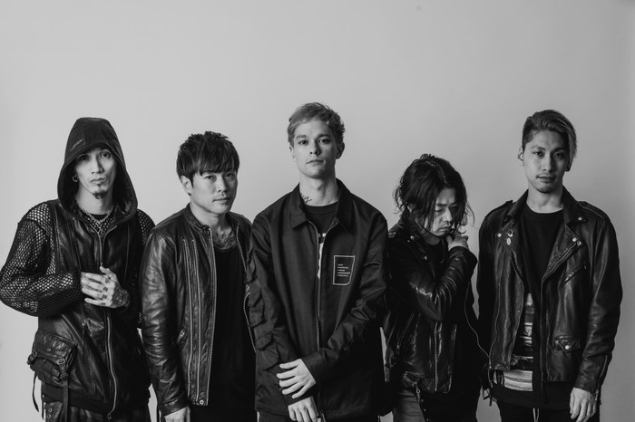 """coldrain、全国ツアー""""ANOTHER DECADE IN THE RAIN TOUR 2018""""ゲストにG4N、acor、サバプロ、FOAD、オーラル、夜ダンら20組決定!"""