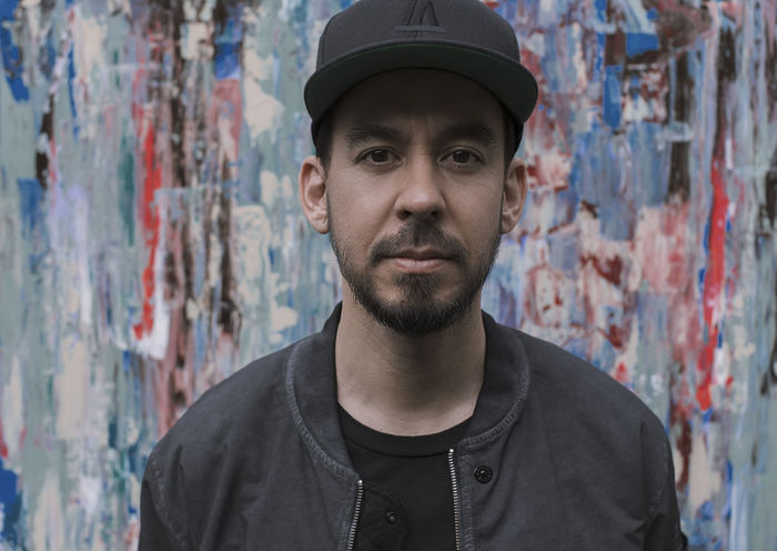 Mike Shinoda(LINKIN PARK)、6/15リリースのソロ・フル・アルバム『Post Traumatic』より「About You (feat. blackbear)」MV公開!
