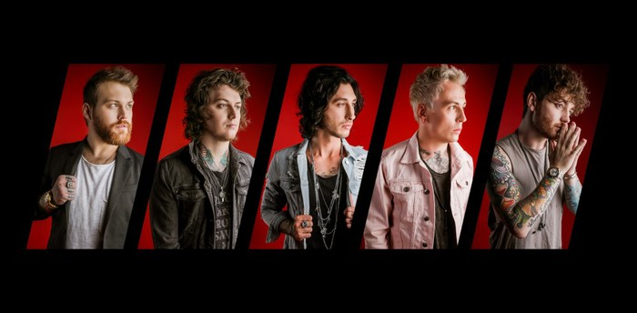 ASKING ALEXANDRIA、最新アルバム『Asking Alexandria』より「Alone In A Room」MV公開!