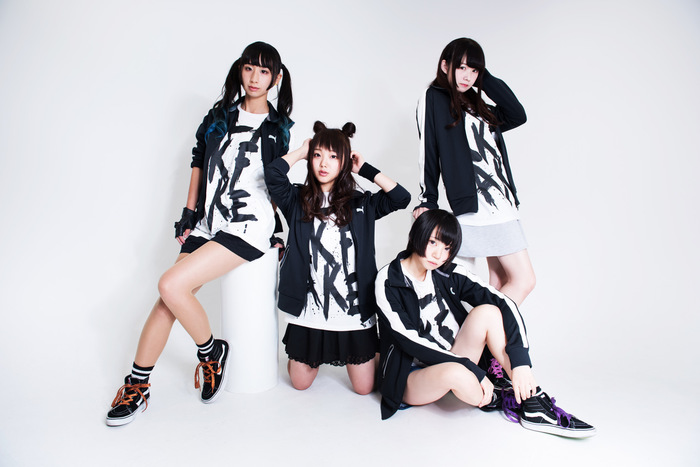 メタル系スクリーミング・アイドル Broken By The Scream、新曲「Message」バンド・セット・ライヴ映像公開!
